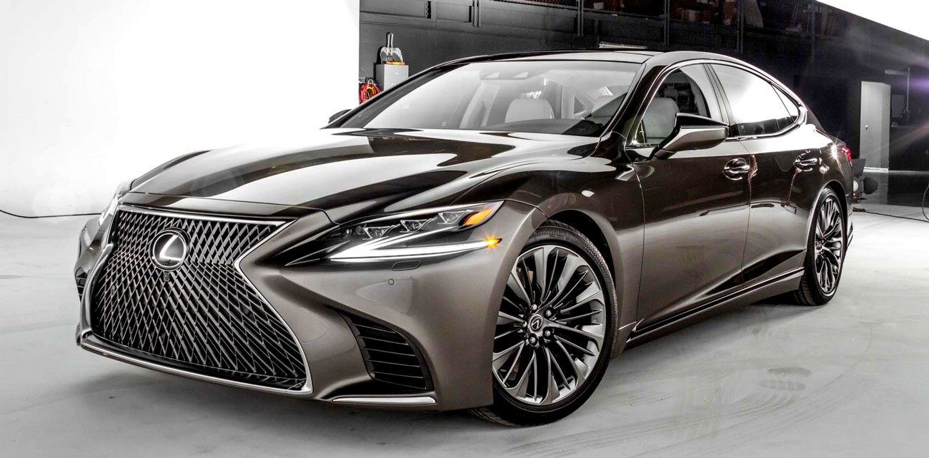 2018-Lexus-LS-500-front-three-quarter-02.jpg