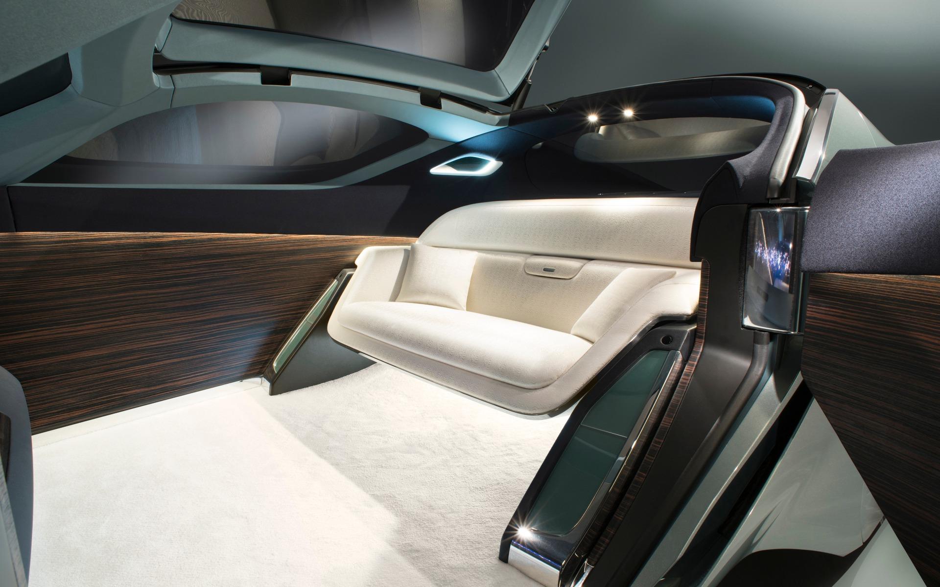 252230_Rolls-Royce.jpg