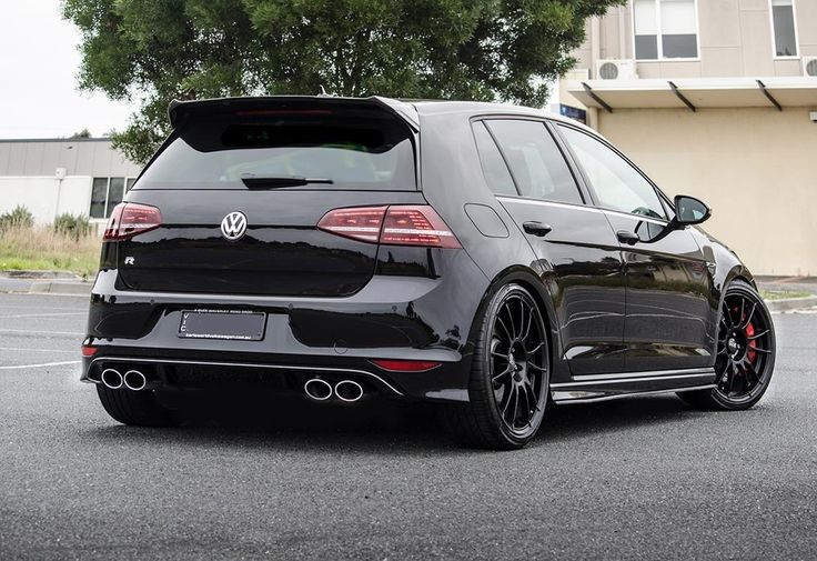 Savage Black On Black Golf Mk7 R