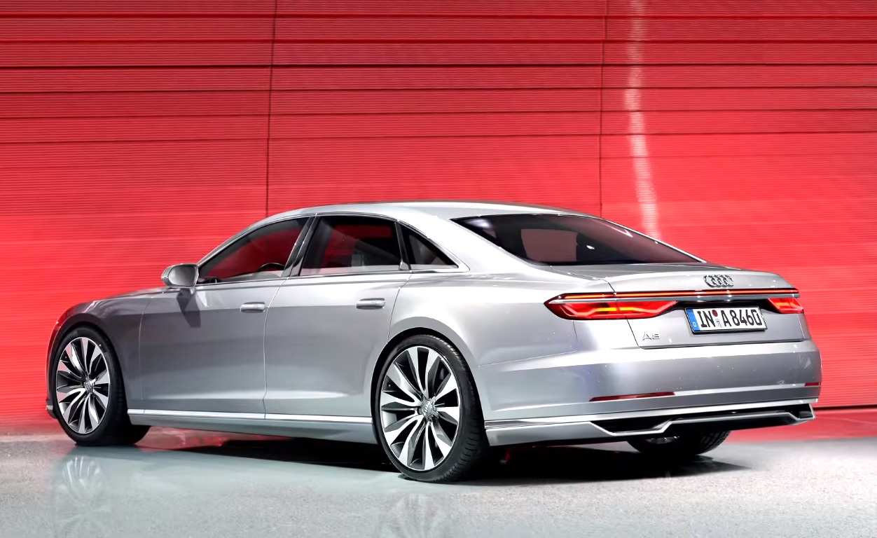 2017 Audi A8 First Look Photos