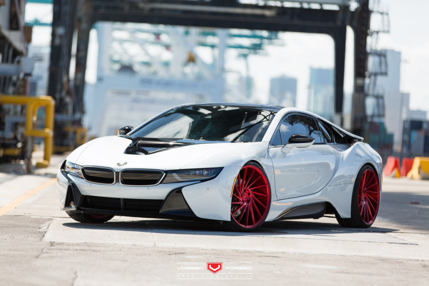 BMW-i8-Duo-Vossen-Forged-Precision-Series--Vossen-Wheels-2015-1009-840x560.jpg