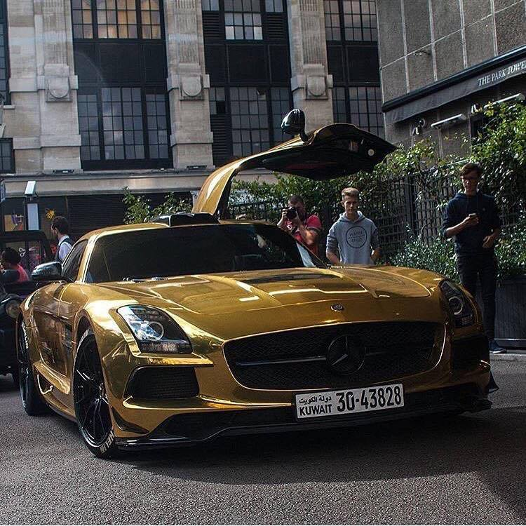 Mercedes SLS Black Series Wrapped In Gold Chrome