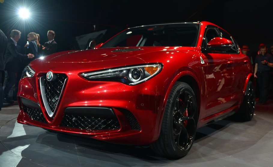 2018 alfa romeo stelvio quadrifoglio suv revealed. Black Bedroom Furniture Sets. Home Design Ideas
