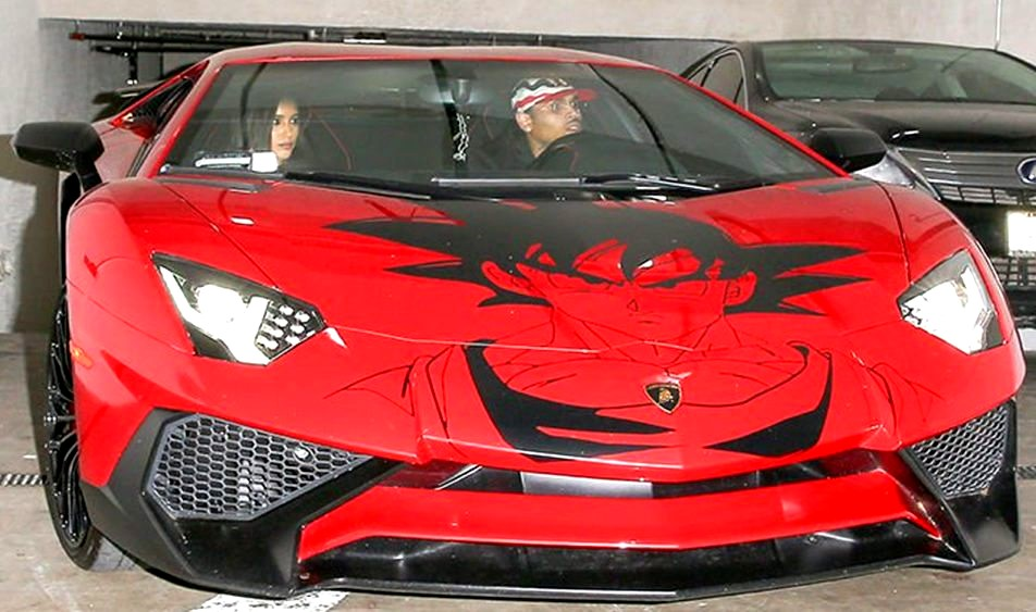 chris-brown-lamborghini-goku-952x563.jpg