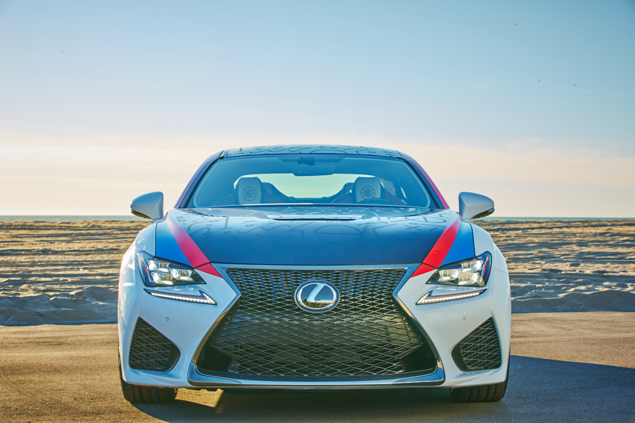 la-clippers-themed-lexus-rc-f-03-1.jpg